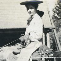 Una at Seven Oaks August-1906